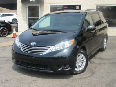 Used 2017 Toyota Sienna XLE Premium for sale in Philadelphia PA