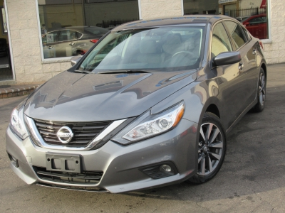 Used 2017 Nissan Altima 2.5 SV for sale in Philadelphia PA