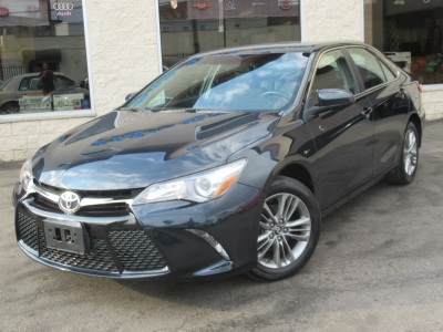 Used 2017 Toyota Camry SE for sale in Philadelphia PA