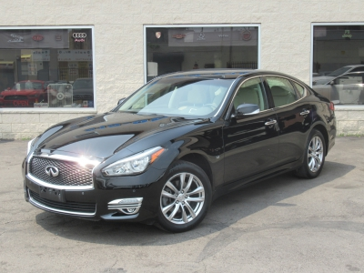 Used 2015 Infiniti Q70 AWD for sale in Philadelphia PA